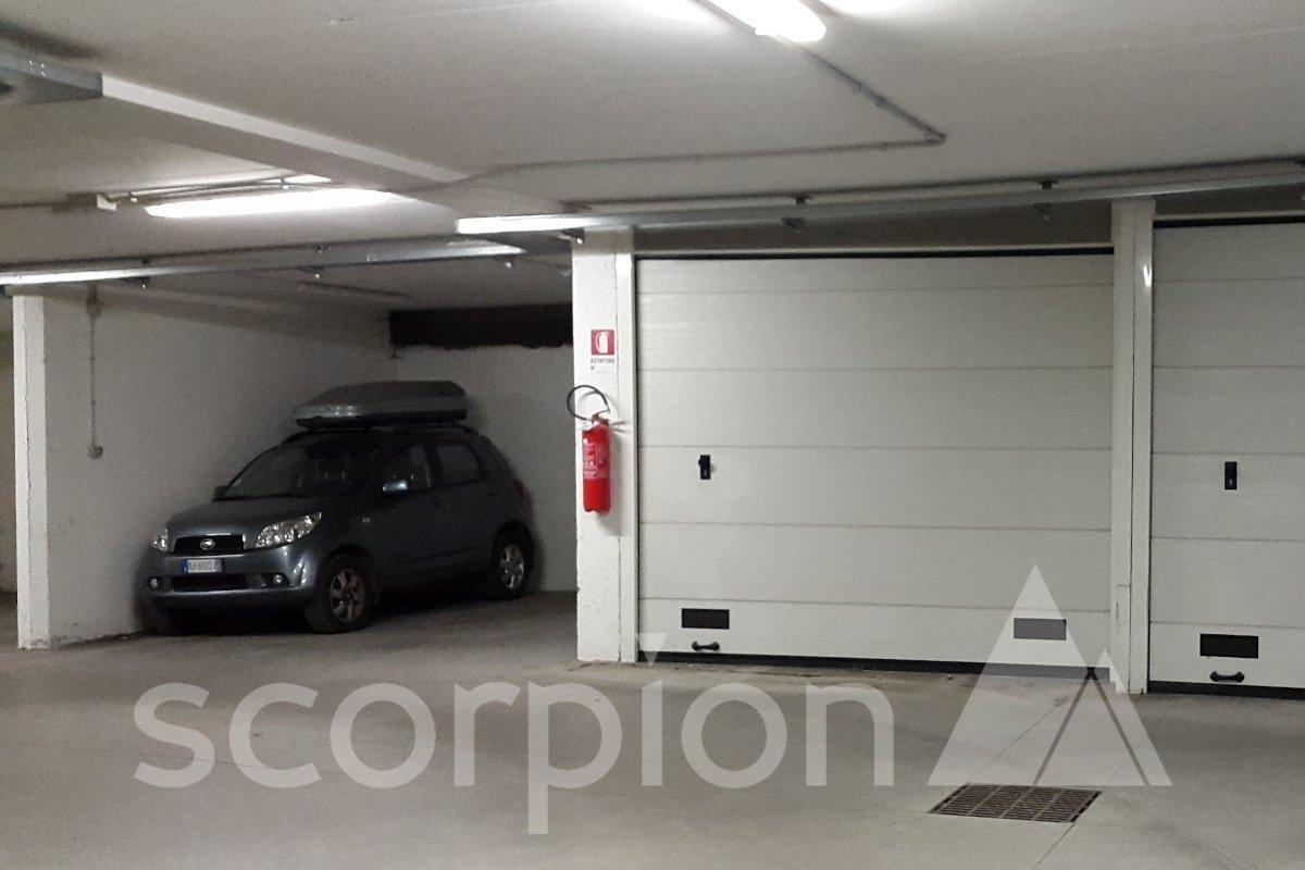 Predazzo <br/> Garage e posto auto