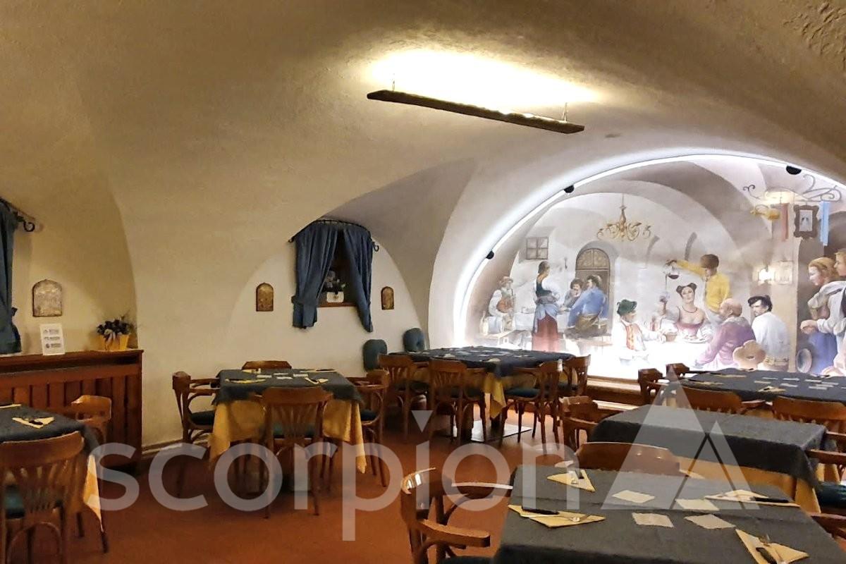 Predazzo <br/> Rinomata pizzeria in centro storico